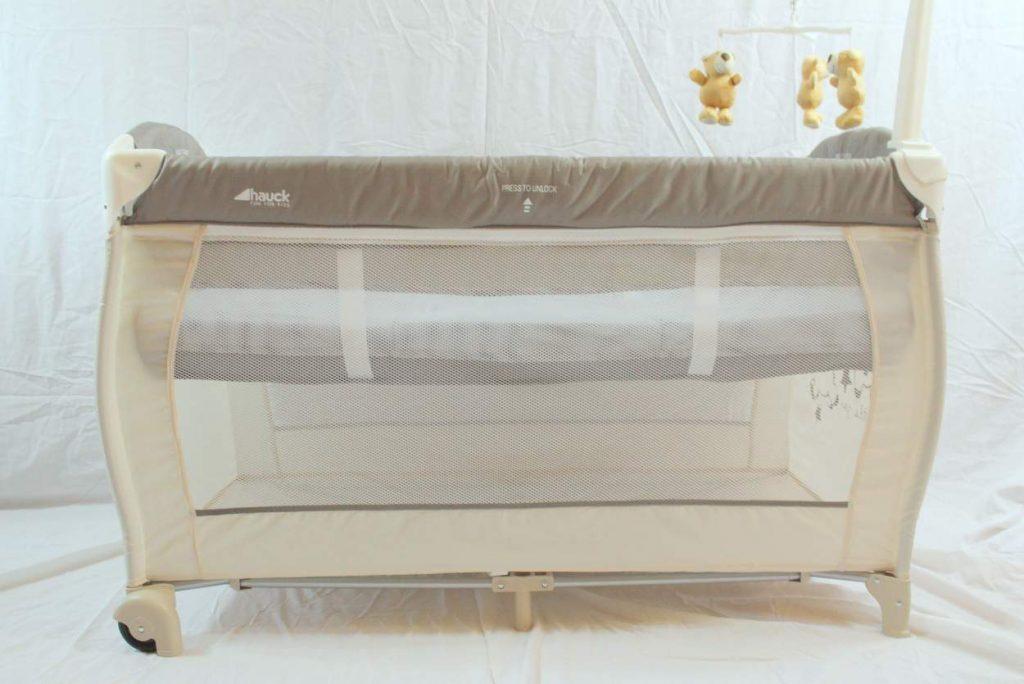 kann ich ein reisebett als babybett nutzen beratung. Black Bedroom Furniture Sets. Home Design Ideas