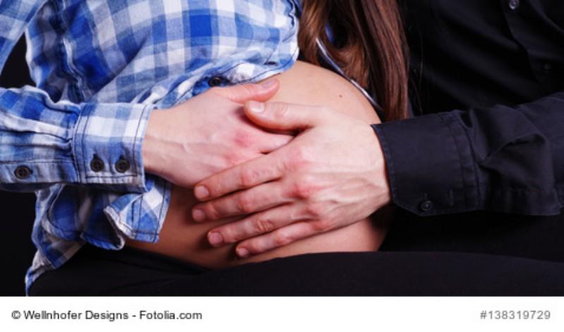 Ab wann spürt man Baby (im Bauch)? Alles wichtige zum Thema