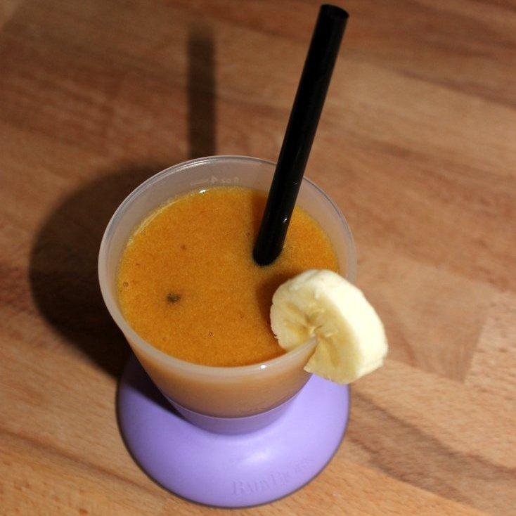 Kaktusfrucht-Smoothie zum Frühstück fürs Baby