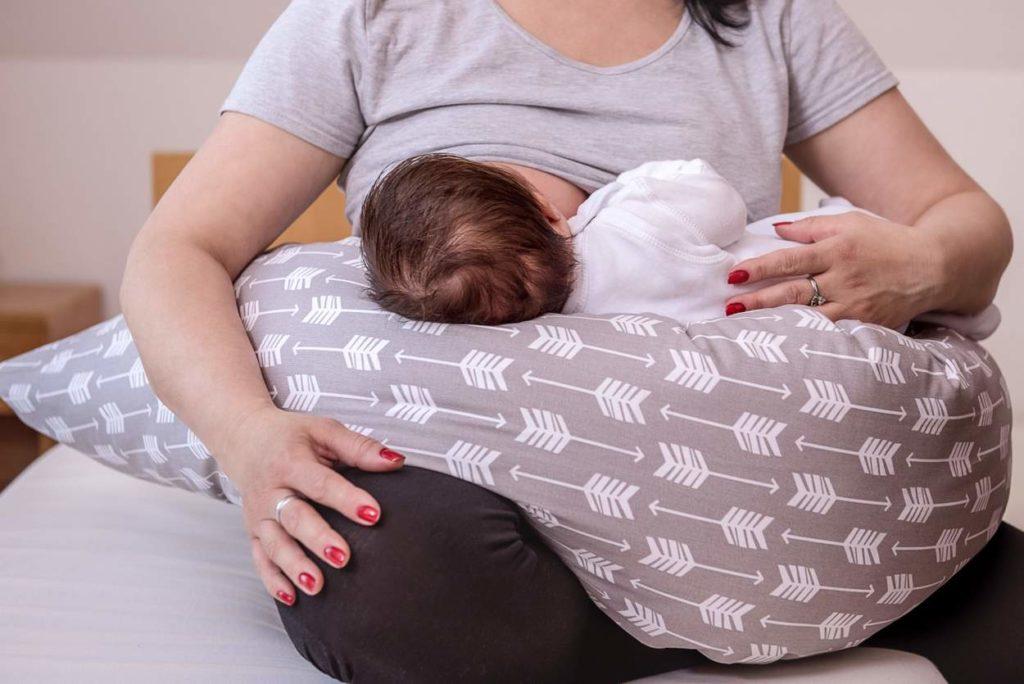 Milchbildung anregen: Wie kann ich mehr Muttermilch produzieren?