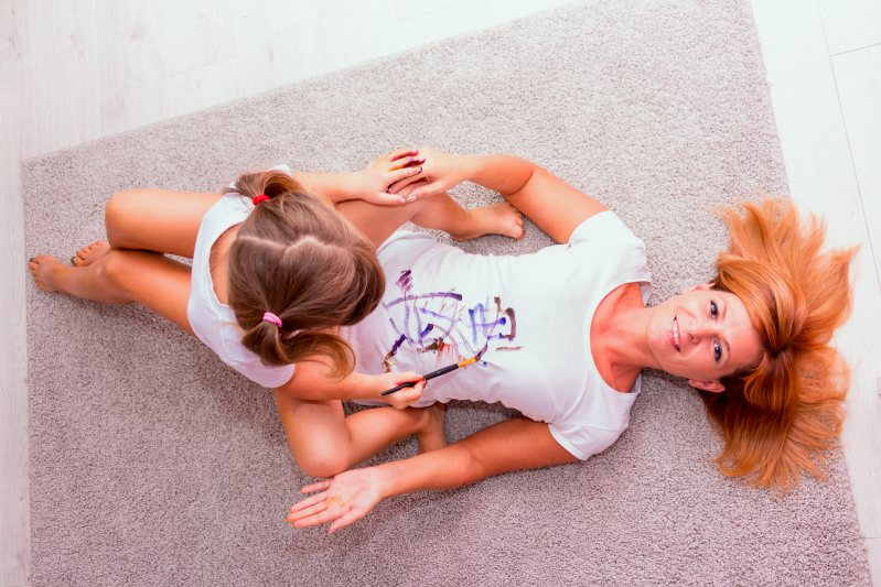 Antiautoritäre Erziehung zwischen Mutter und Tochter